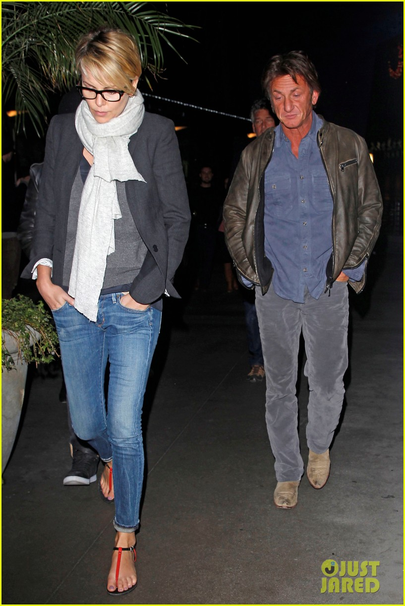 charlize theron sean penn movie date night 14
