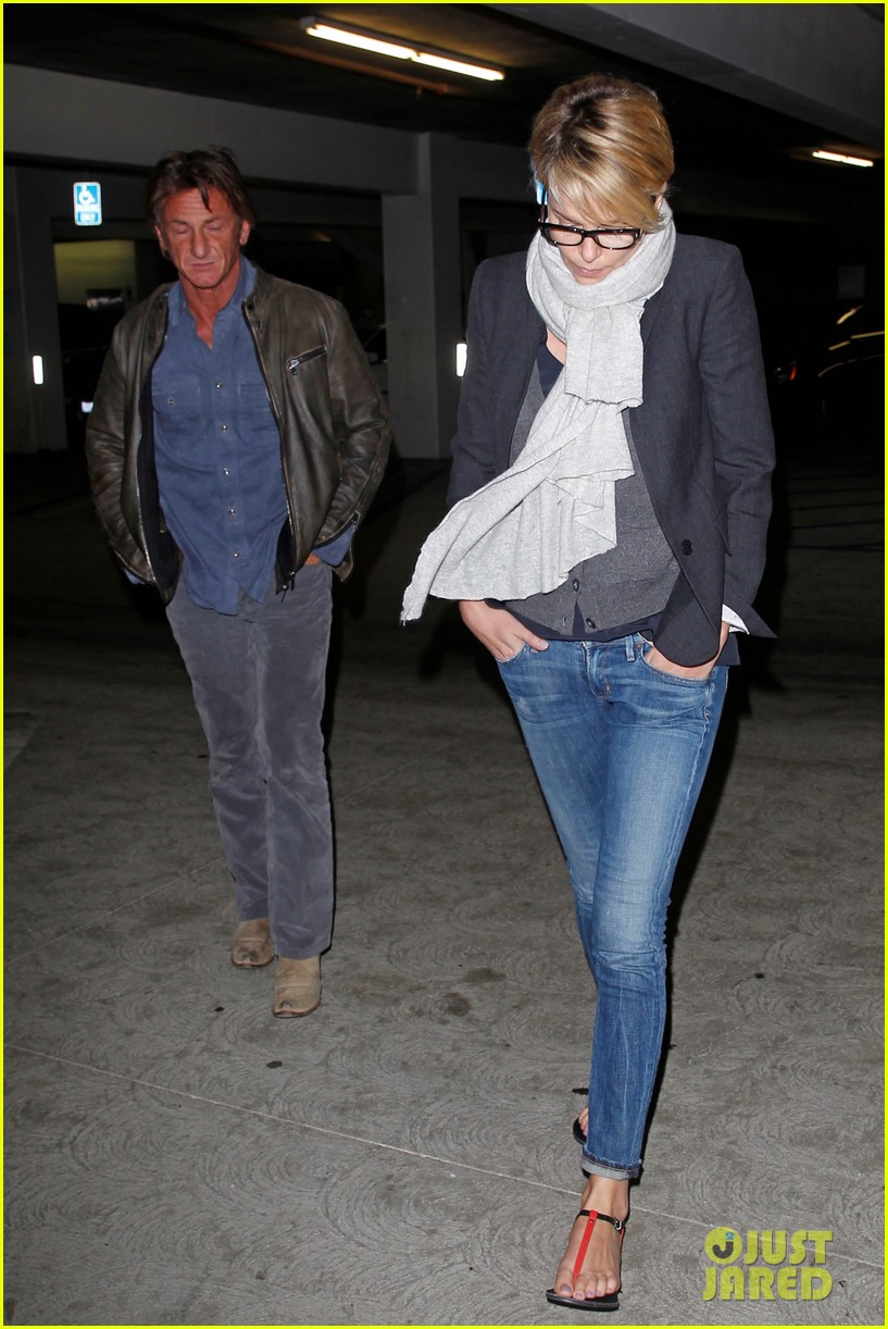charlize theron sean penn movie date night 24