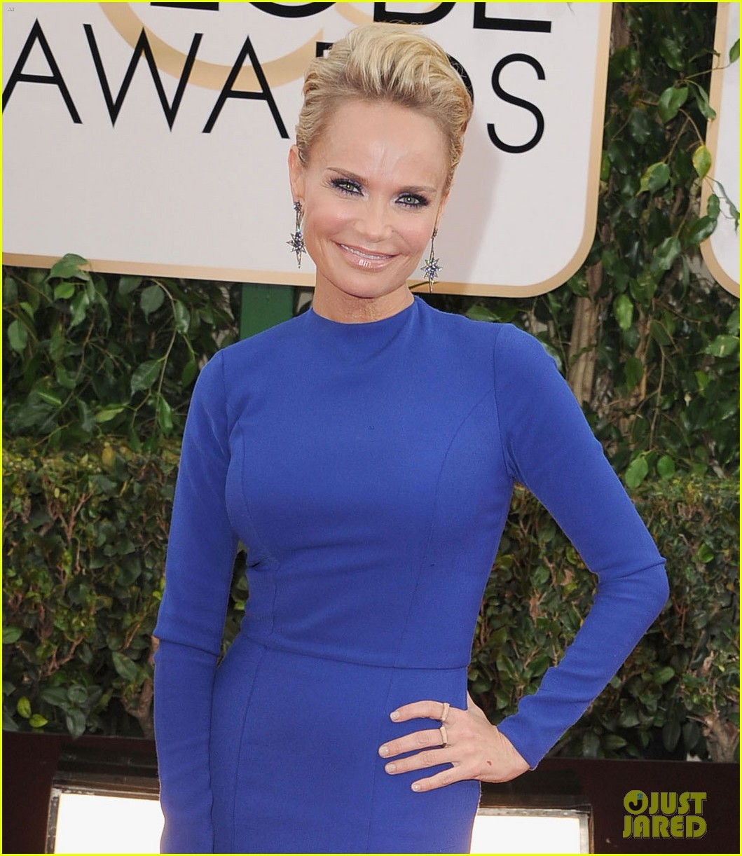 kristin chenoweth supports dana brunetti at golden globes 2014 053029545