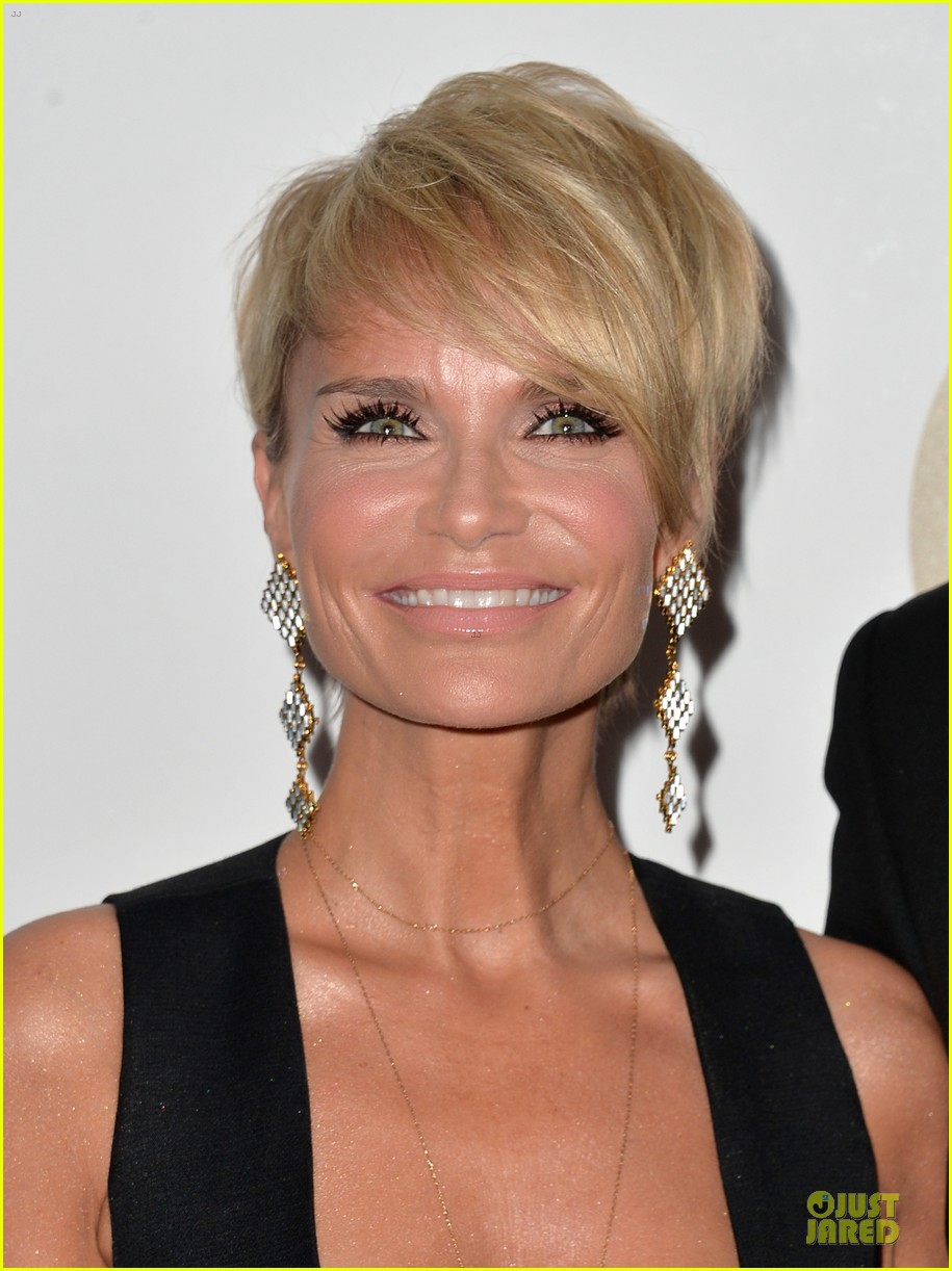 kristin chenoweth producers guild awards 2014 red carpet 09