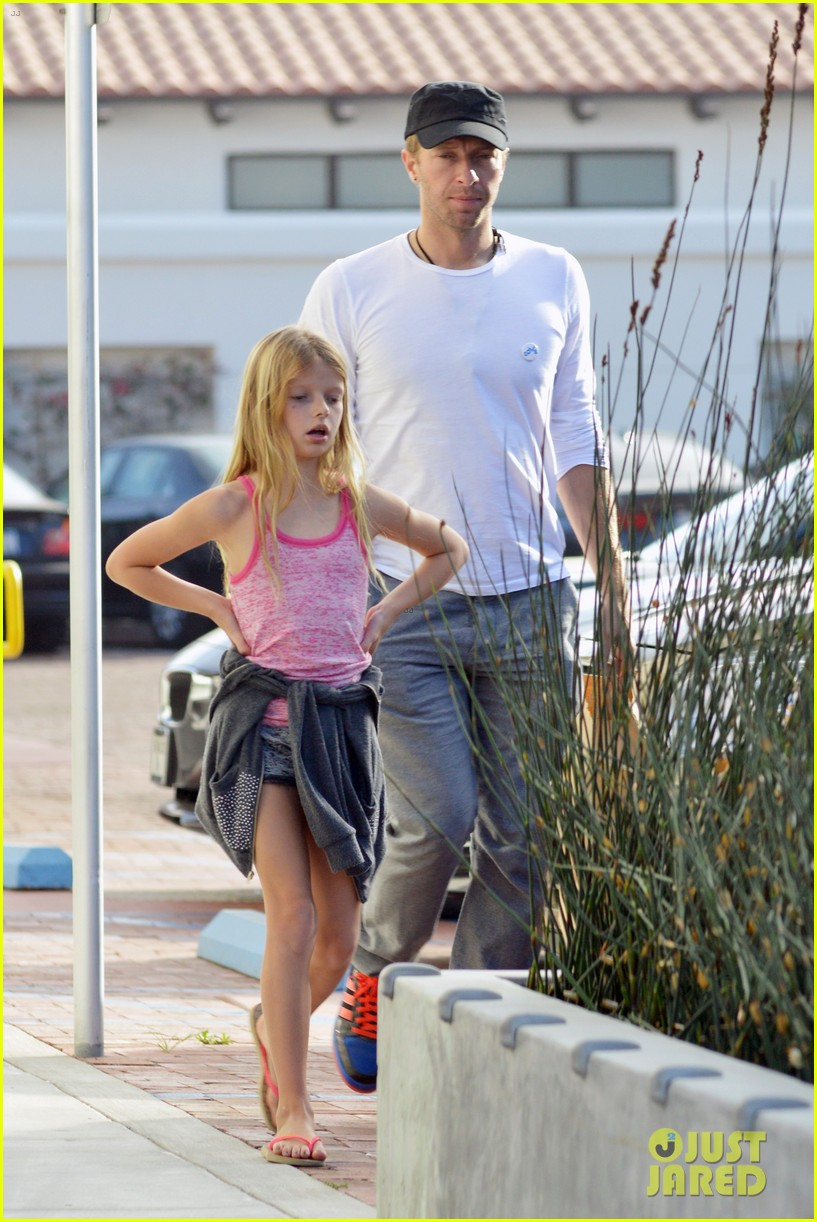 chris martin father daughter day with apple 19
