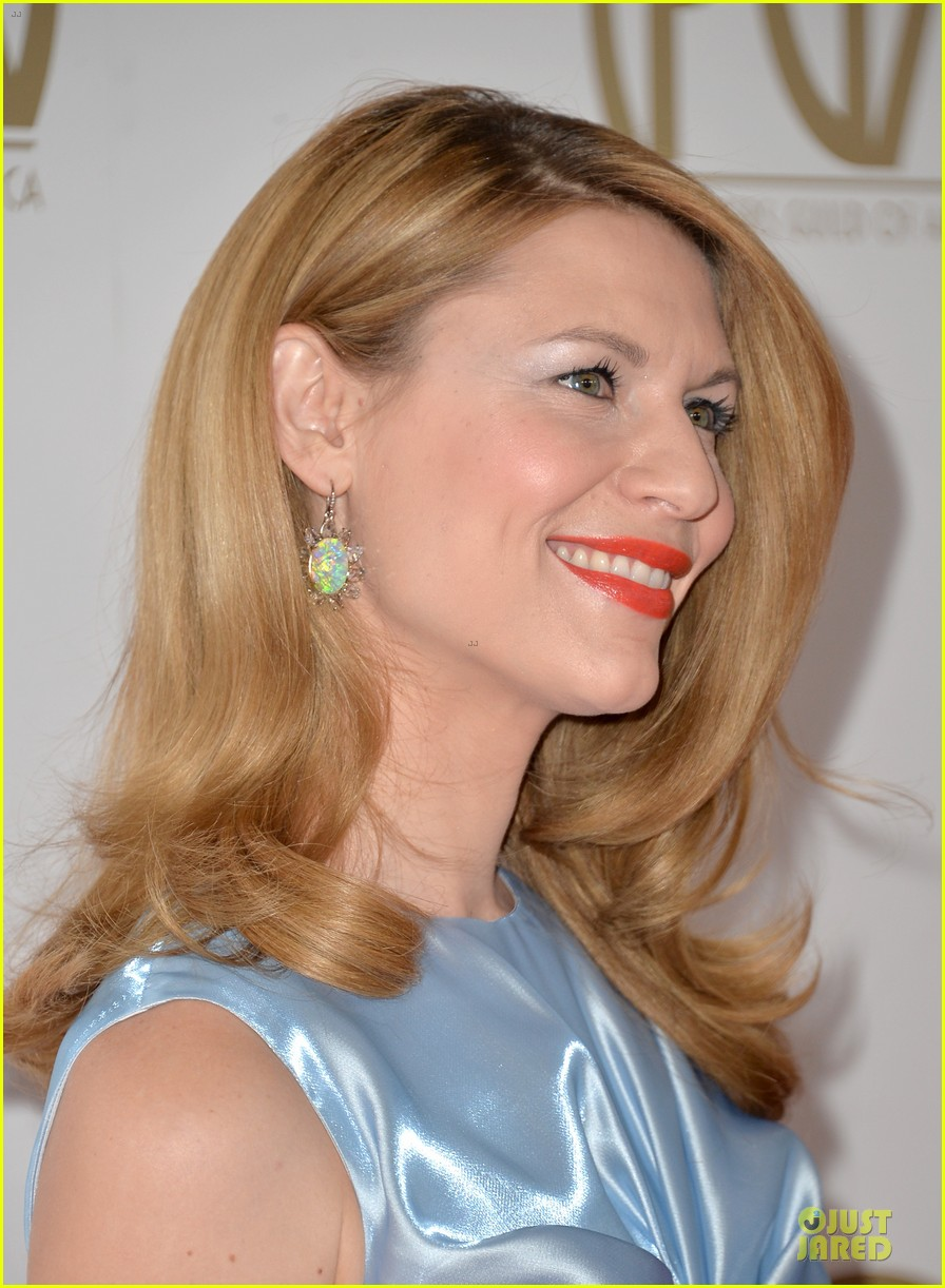 claire danes hugh darcy producers guild awards 2014 06