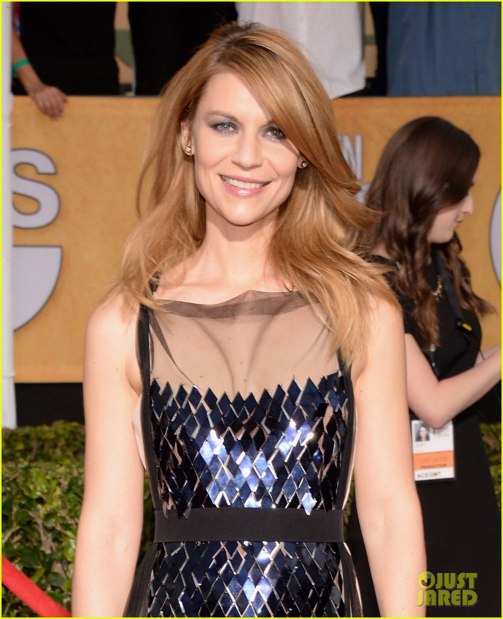 claire danes sag awards 2014 red carpet with hugh dancy 043034782