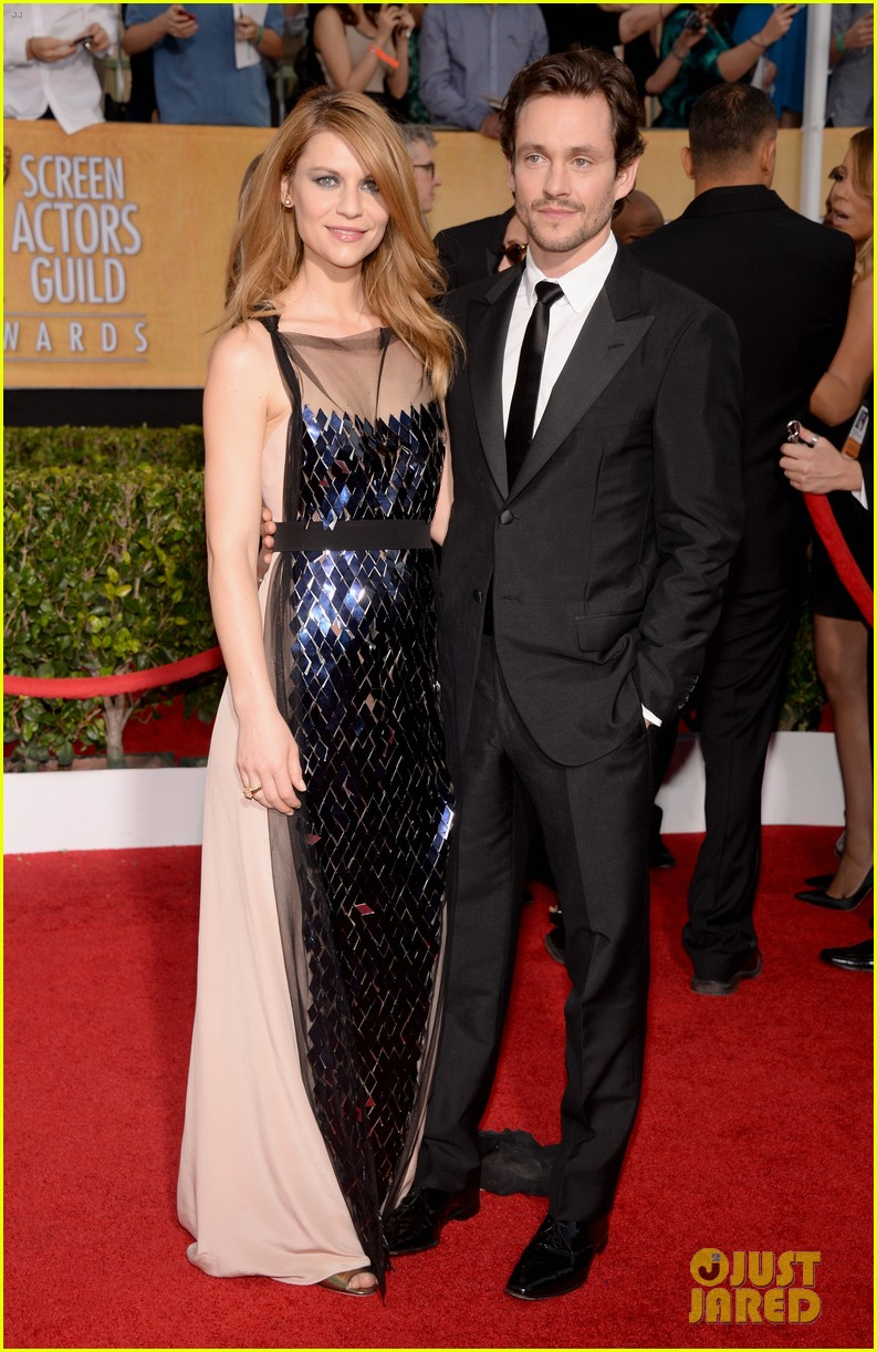 claire danes sag awards 2014 red carpet with hugh dancy 053034783