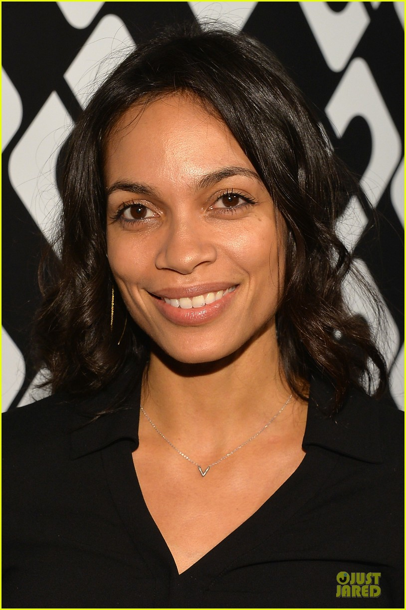 rosario dawson robin wright journey of a dress exhibition opening 023027803
