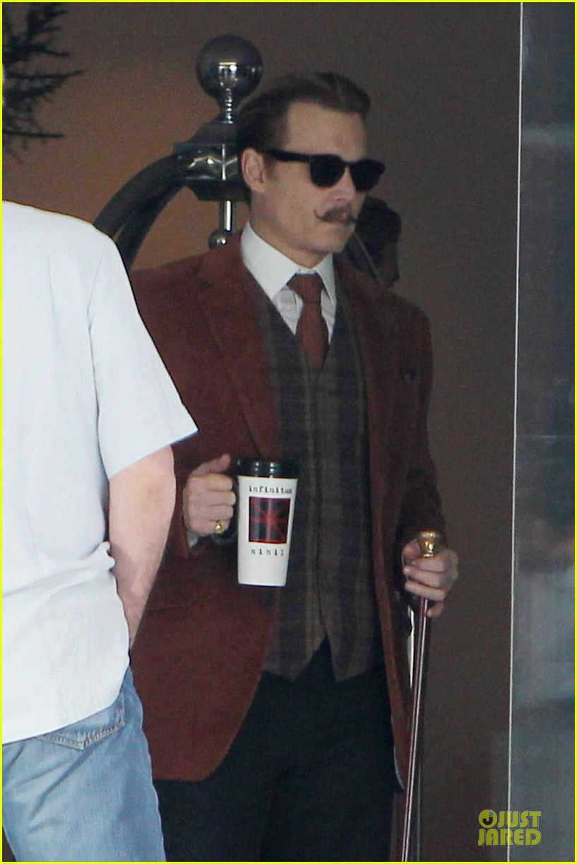 johnny depp mortdecai set with bikini clad babes 07
