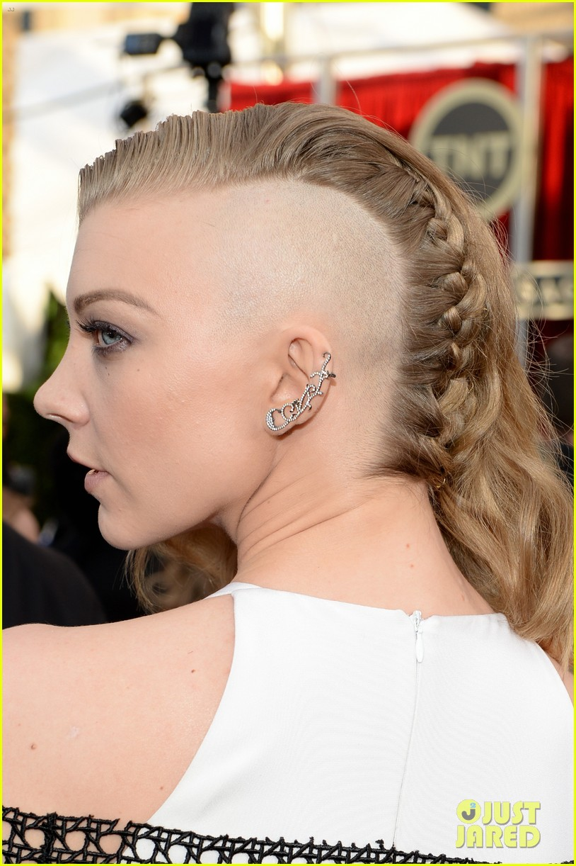 natalie dormer debuts half shaved head at sag awards 2014 013034642