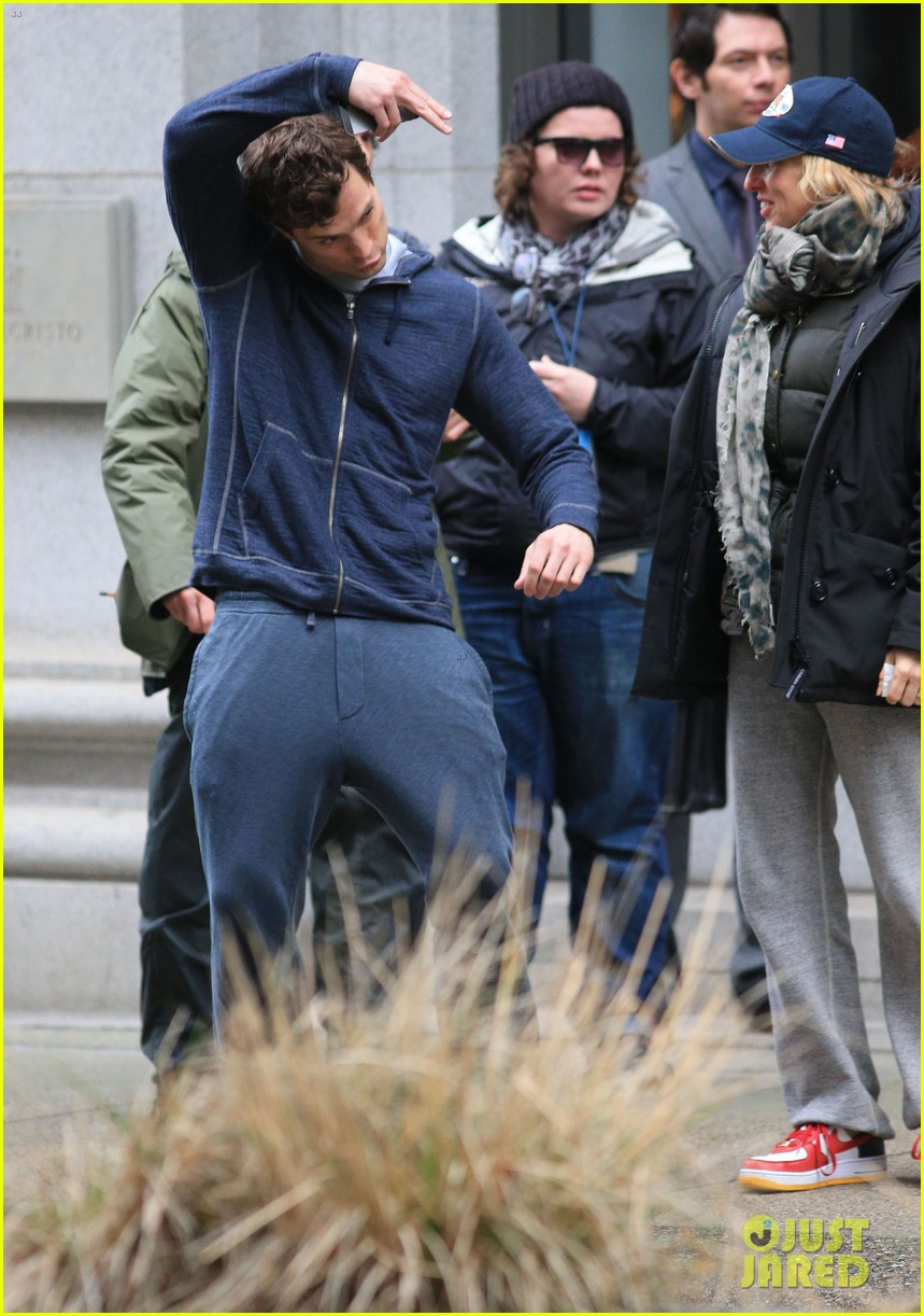 jamie dornan runs in the rain for fifty shades of grey 063043903
