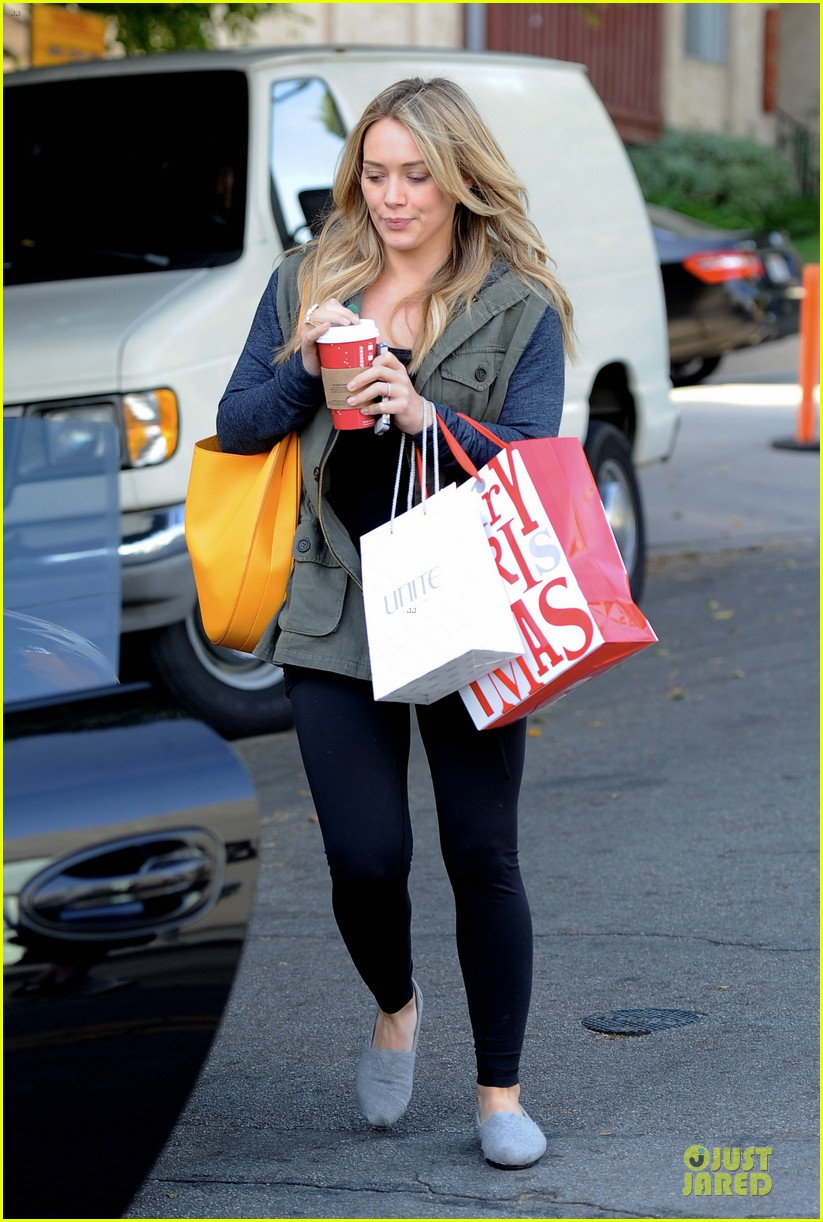hilary duff park date with luca after hair appointment 053022408