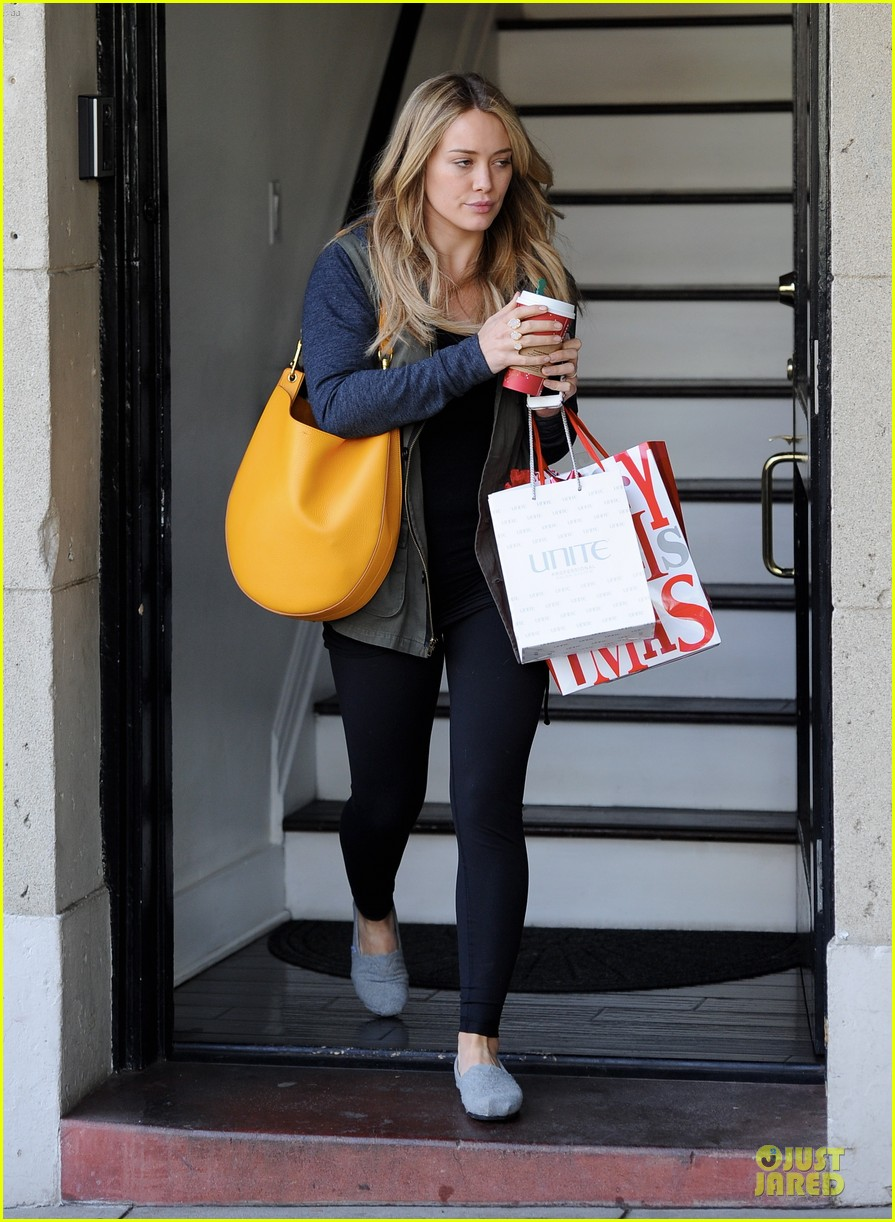 hilary duff park date with luca after hair appointment 10