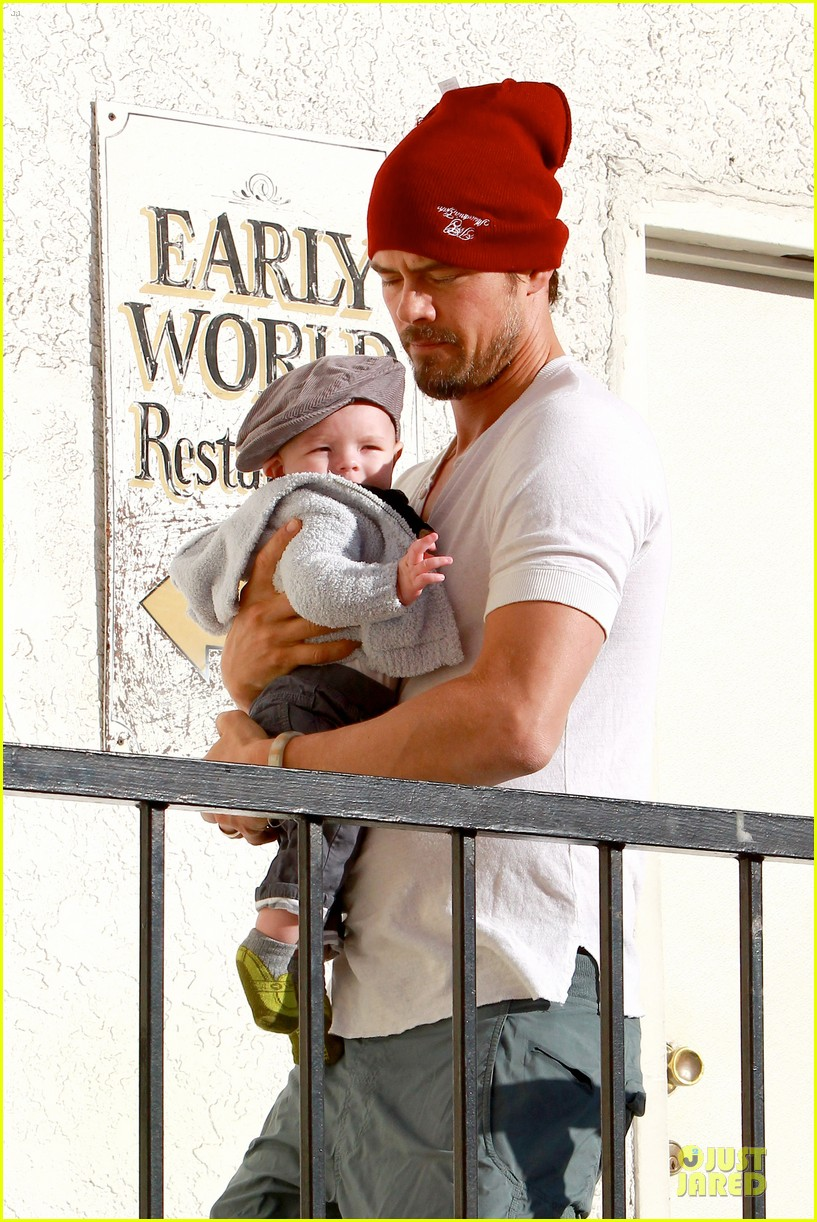 fergie josh duhamel celebrate fifth wedding anniversary 283027872