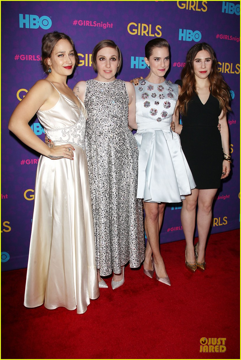 lena dunham zosia mamet girls third season premiere 05
