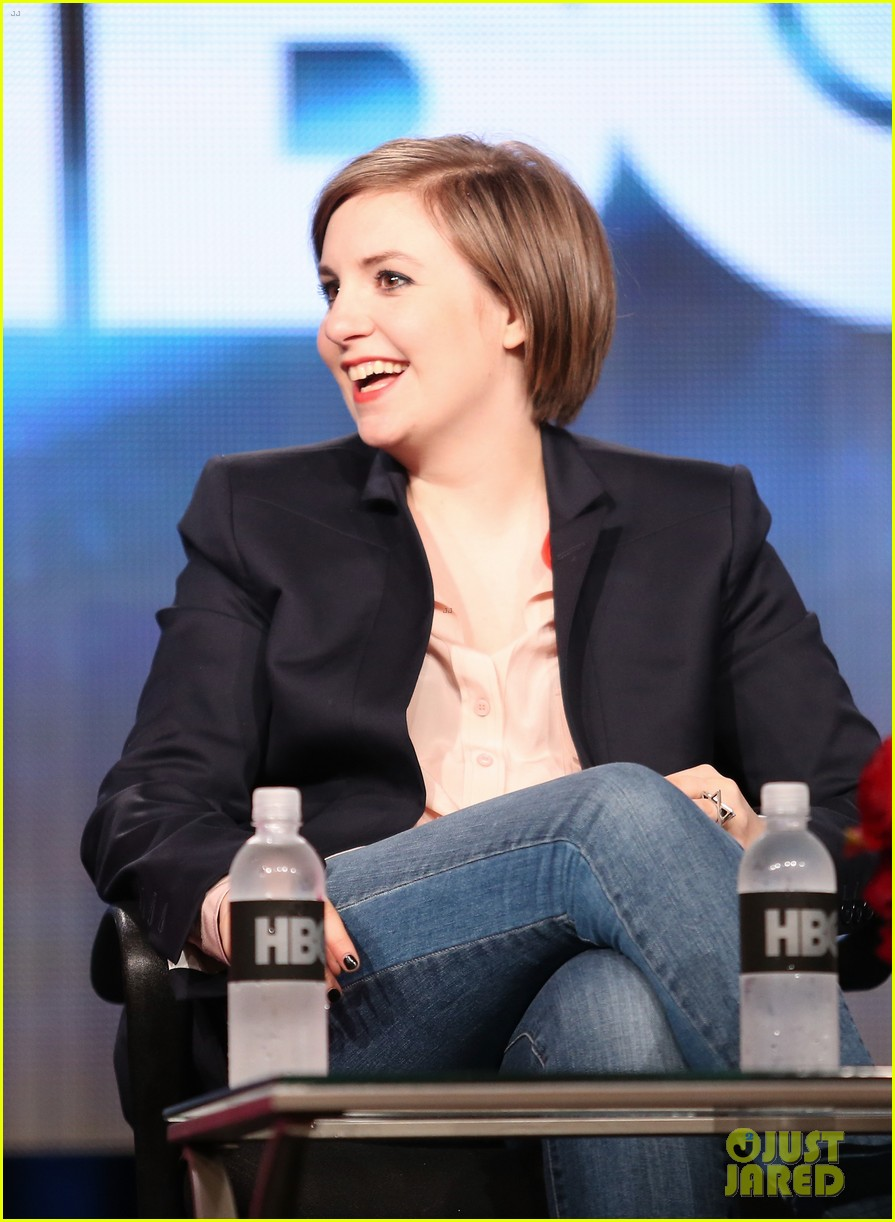 lena dunham allison williams girls tca winter tour panel 12