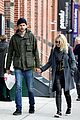 dakota fanning jamie strachan romantic big apple stroll 13