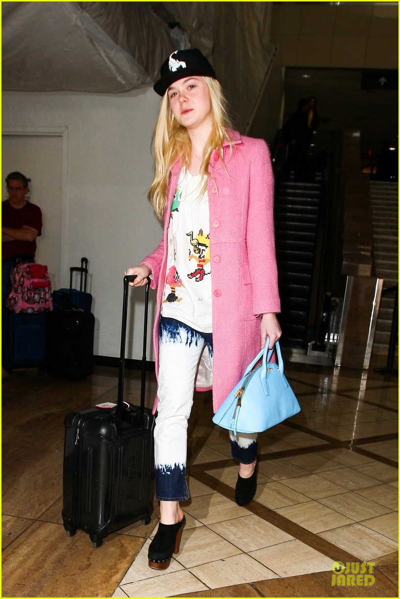 elle fanning wraps up sundance promo with lax landing 083037430