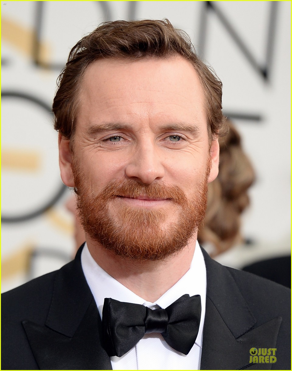 michael fassbender golden globes 2014 red carpet 04