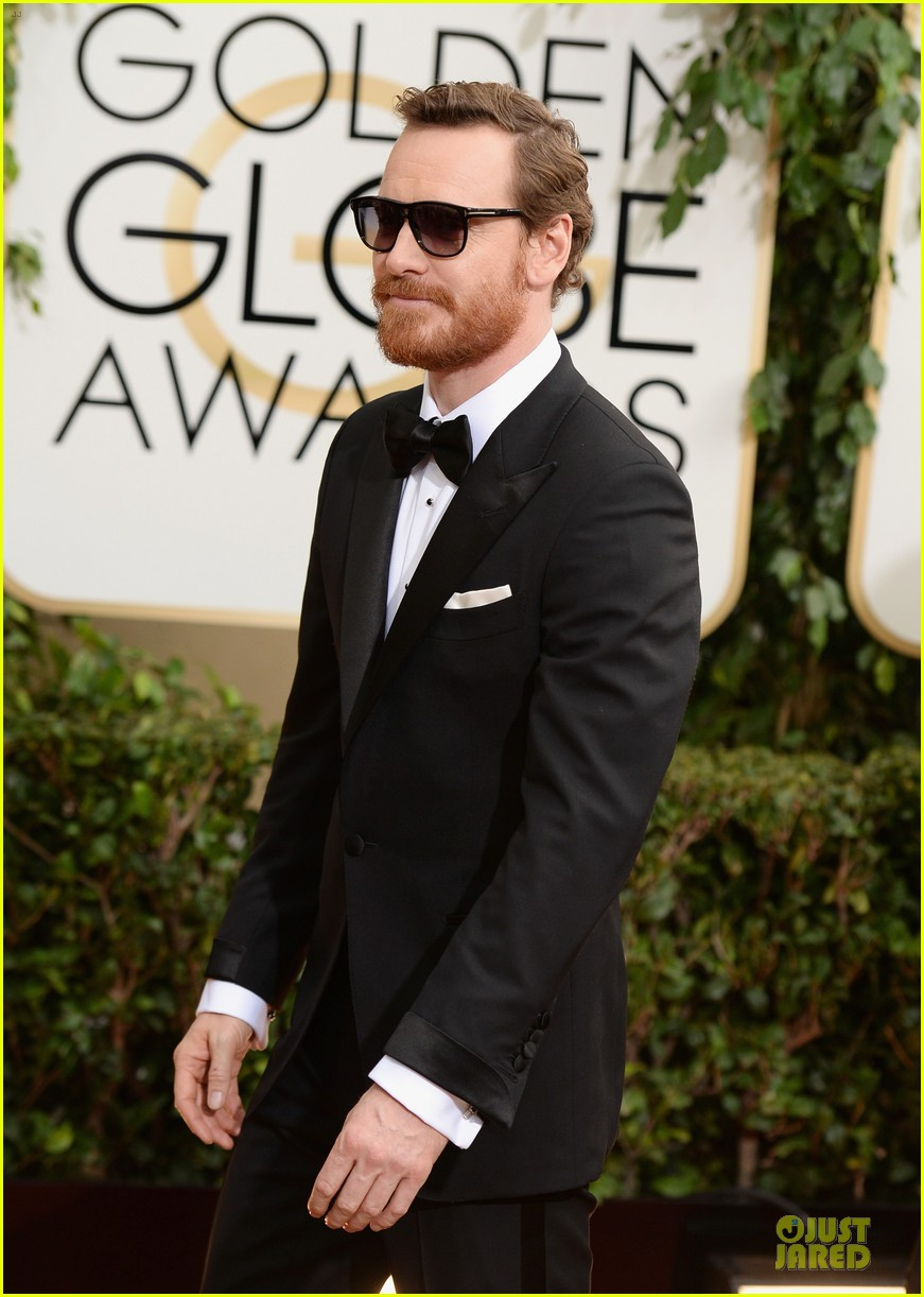michael fassbender golden globes 2014 red carpet 093029214