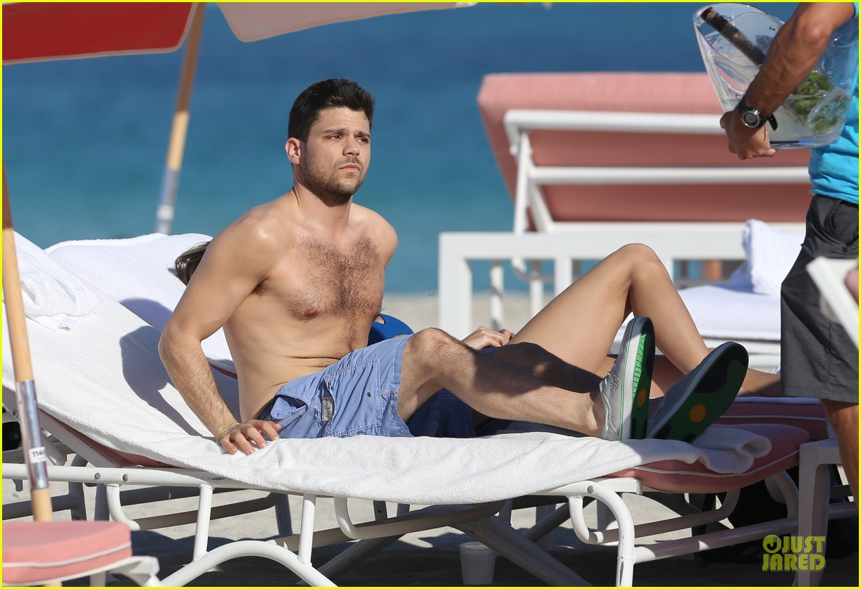 jerry ferrara height