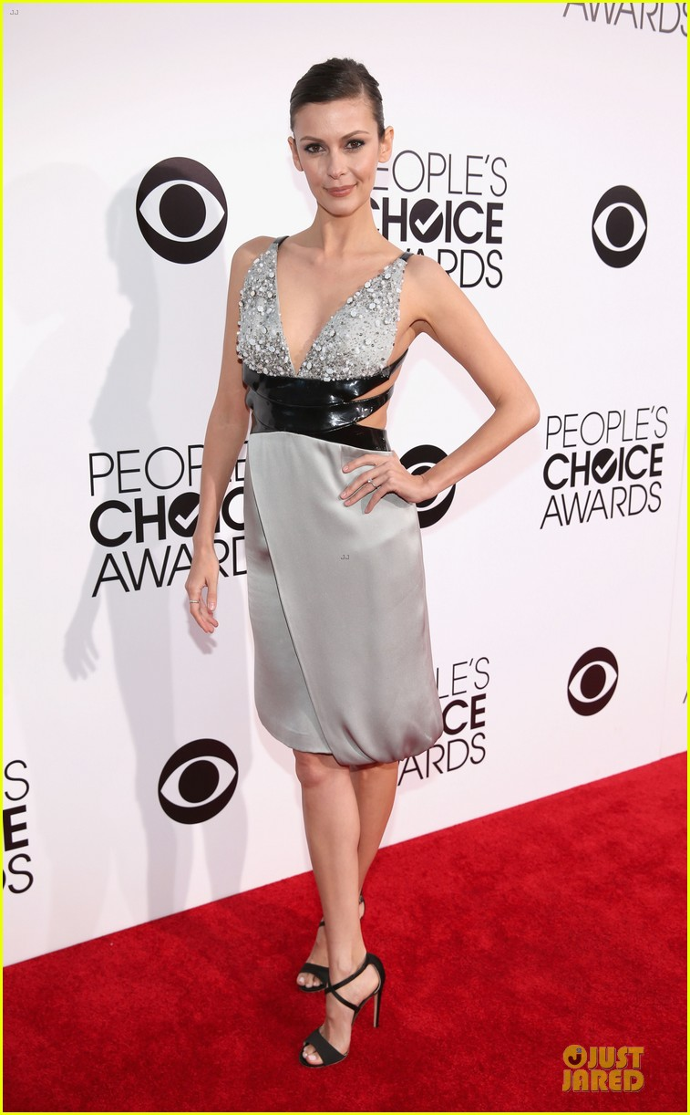 olga fonda joseph morgan peoples choice awards 2014 023025759