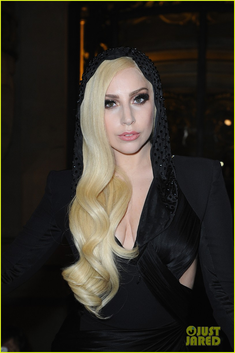 lady gaga front row at atelier versace paris show 073035490