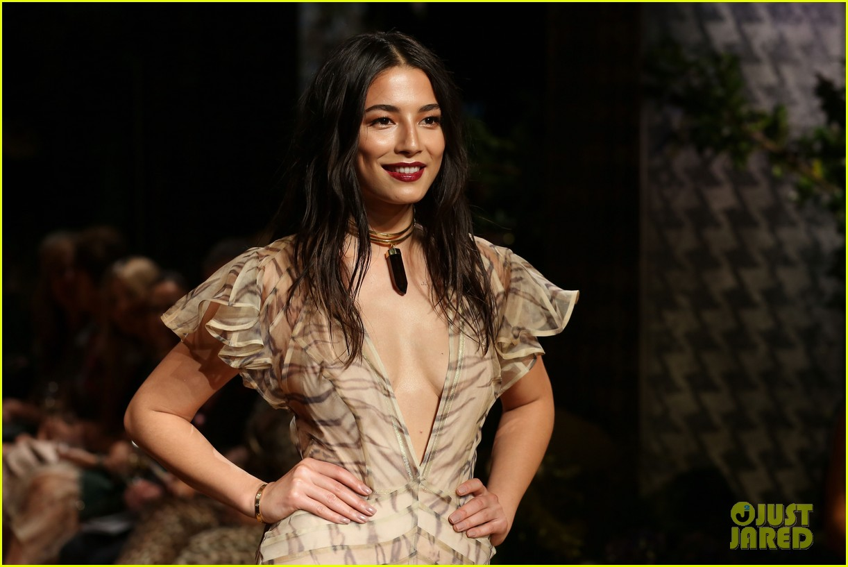 jessica gomes hits the runway for david jones collection launch 05