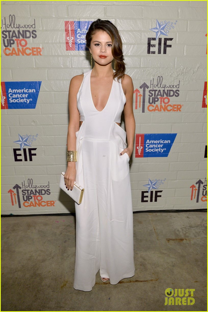 selena gomez lily collins help hollywood stand up to cancer 07