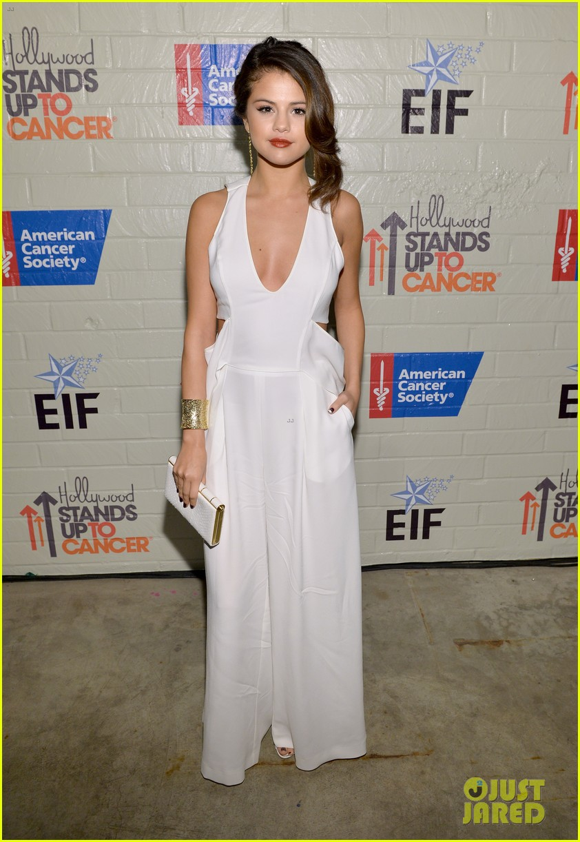 selena gomez lily collins help hollywood stand up to cancer 08