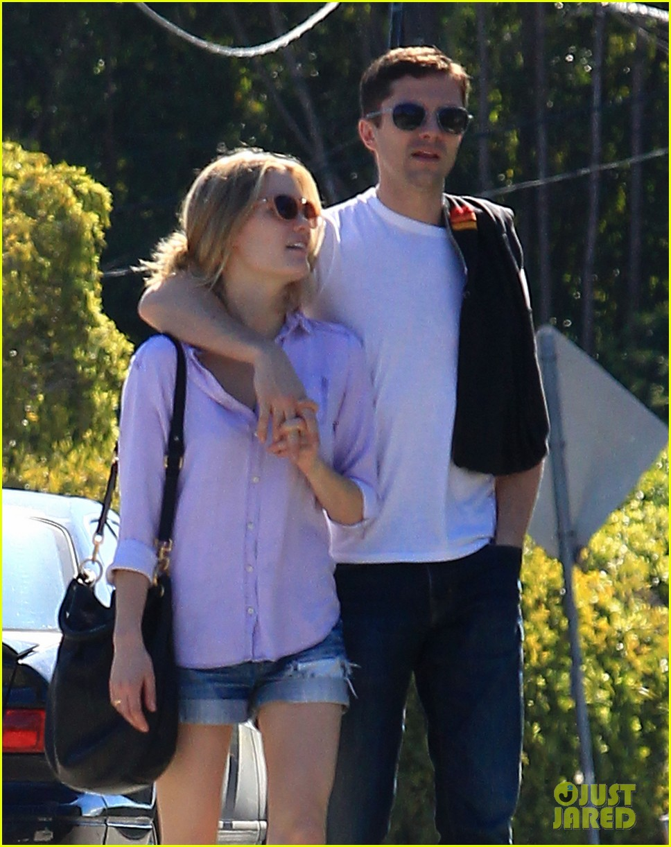 topher grace holds hands with new girlfriend ashley hinshaw 02