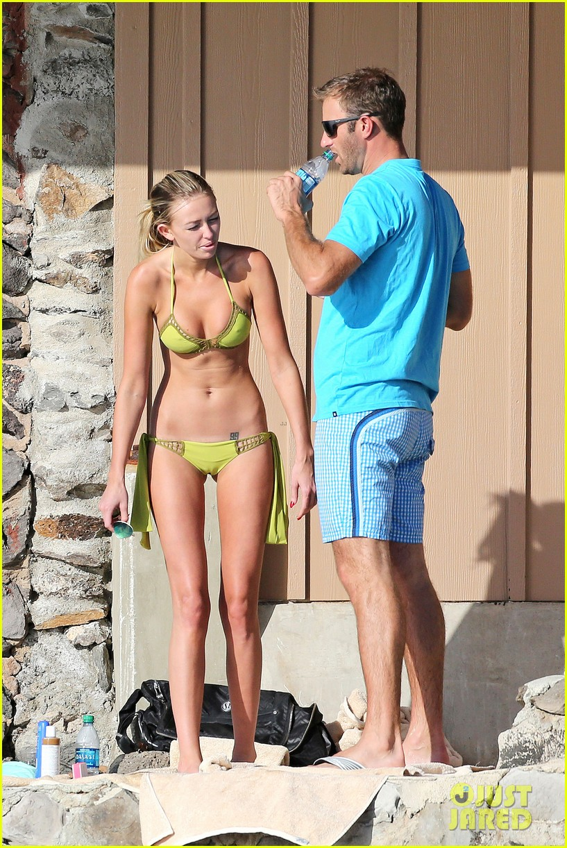 paulina gretzky golfer dustin johnson beach bods in hawaii 15