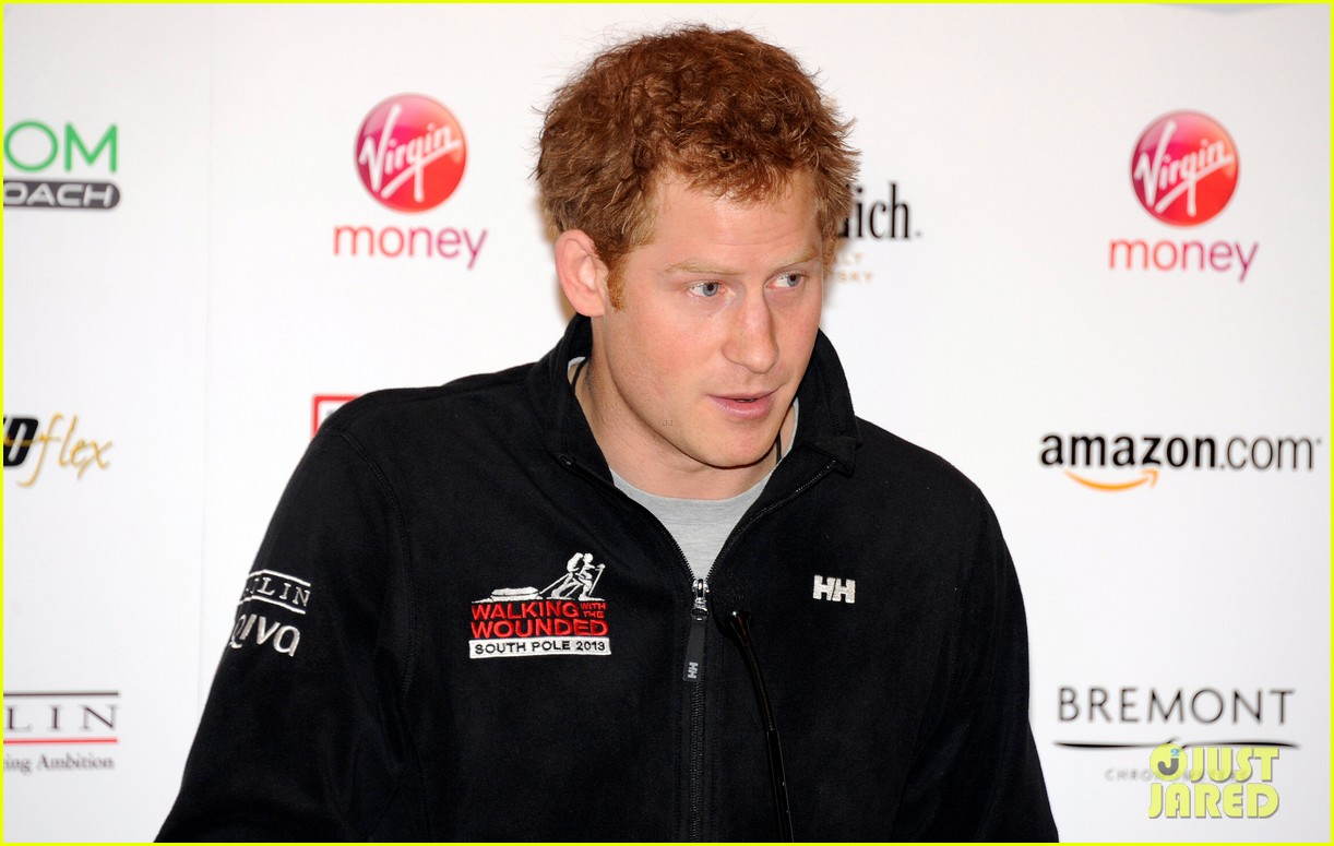 prince harry debuts freshly shaved face at south pole press conference 10