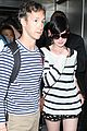 anne hathaway greets mob of fans at lax 29