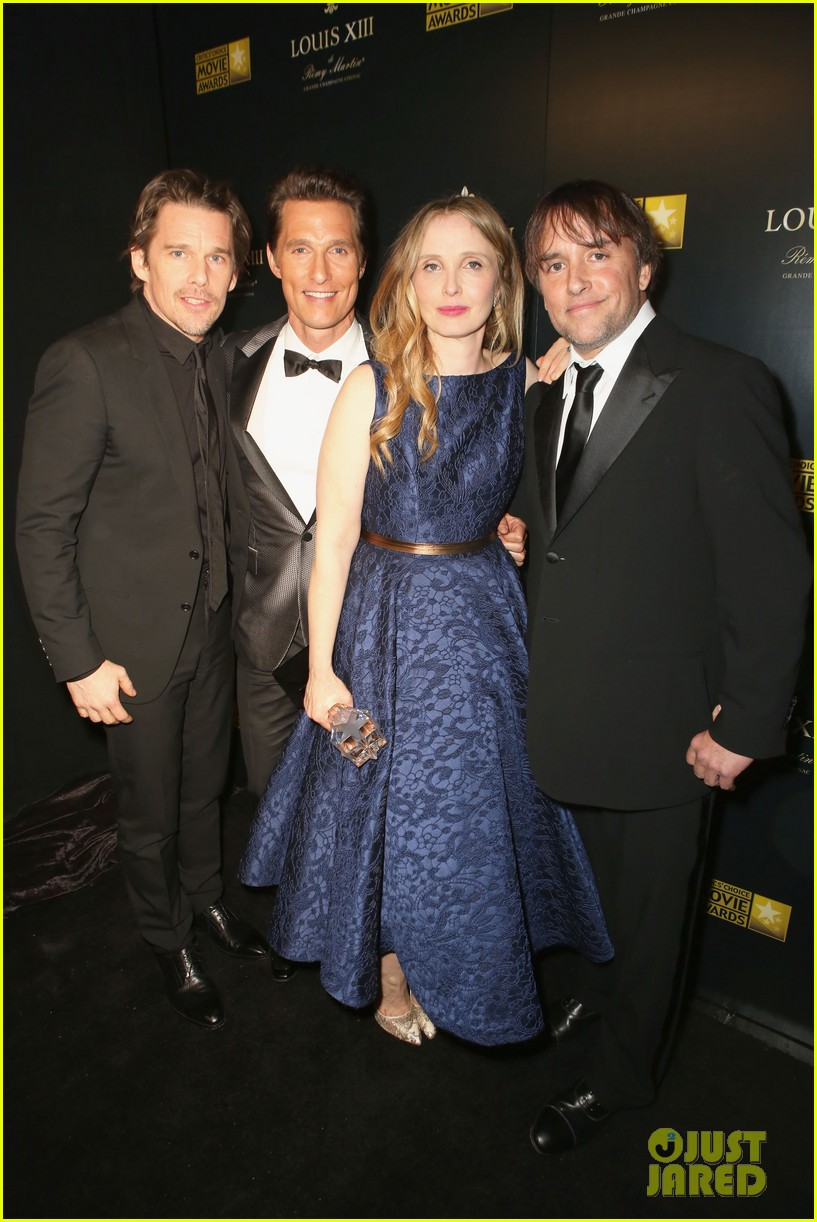 ethan hawke julie delpy win at critics choice awards 2014 203033144