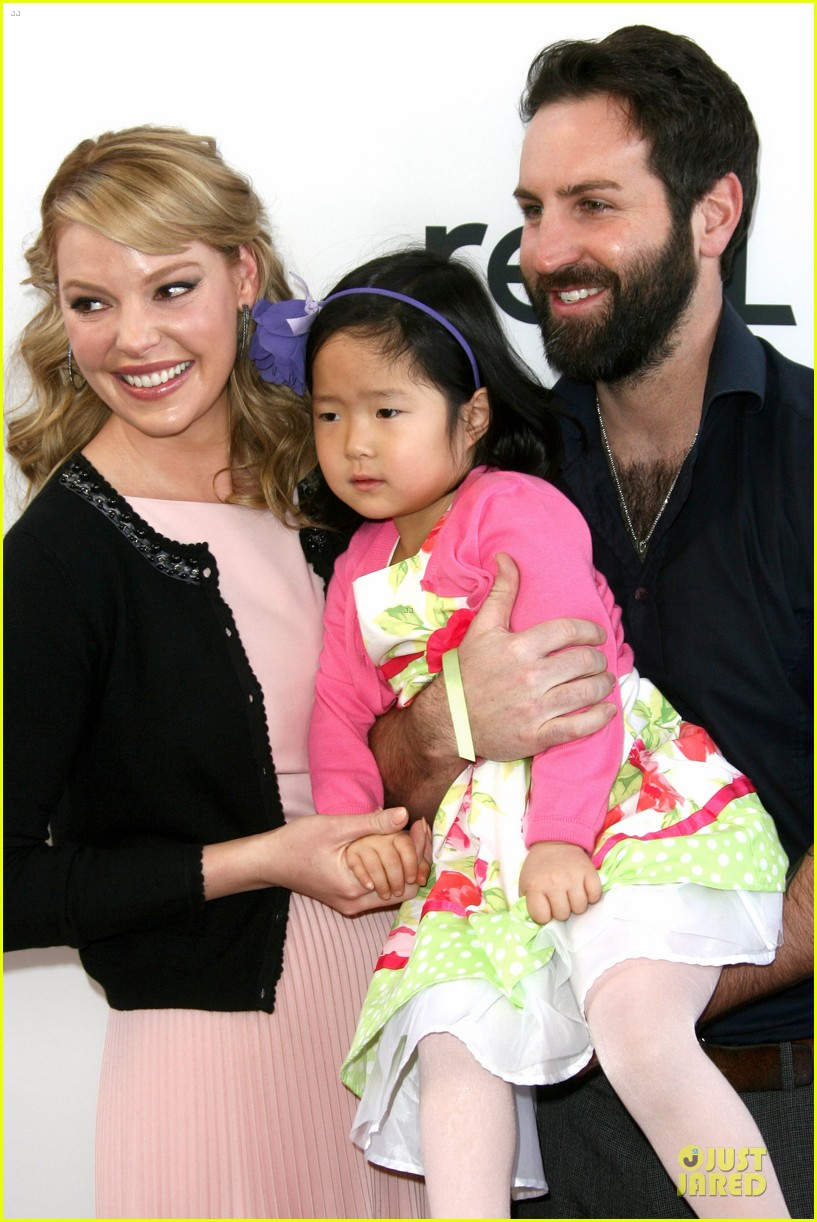 katherine heigl josh kelley nut job premiere with naleigh 02