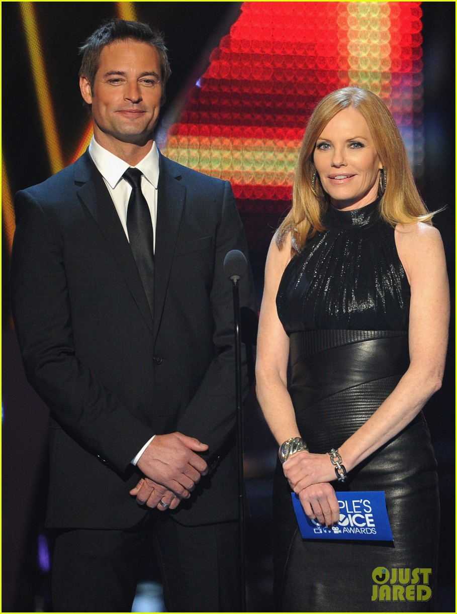 josh holloway peoples choice awards 2014 presenter 163025888