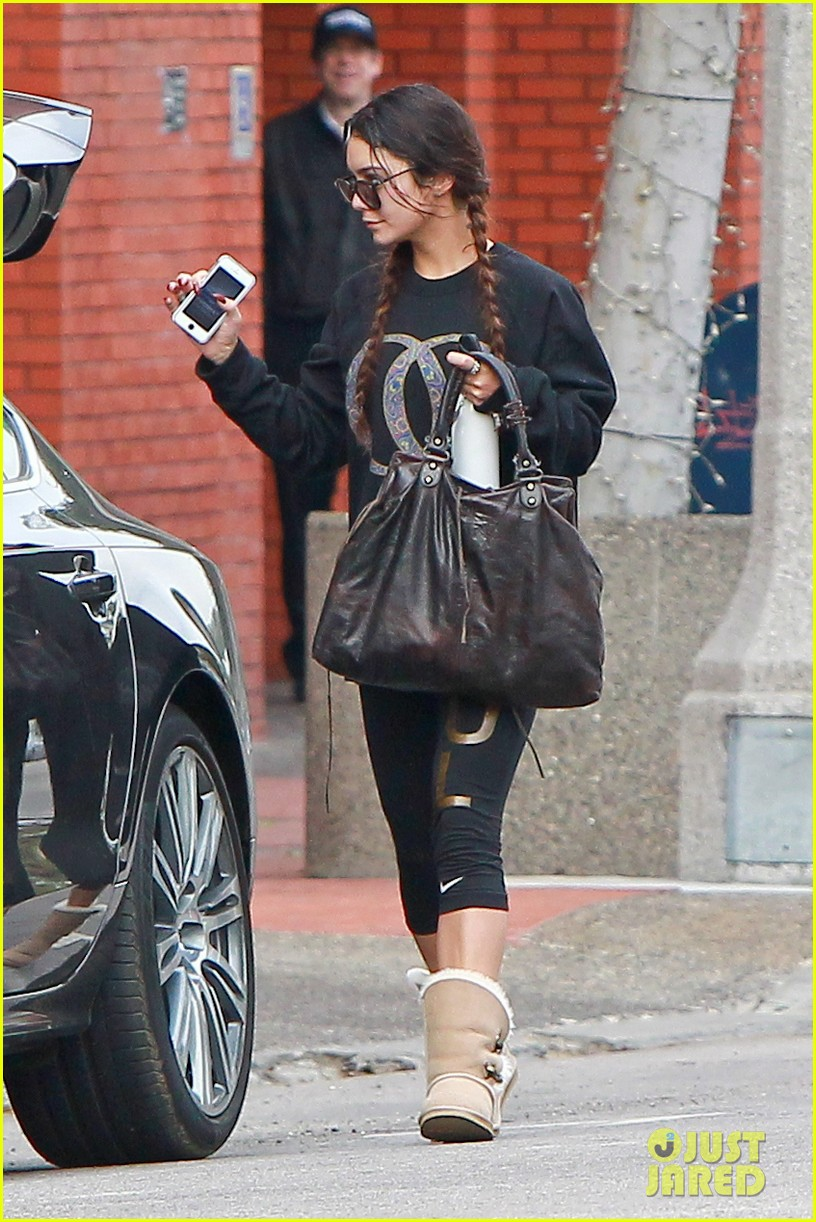 vanessa hudgens credits croissants for gimme shelter weight gain 043041764
