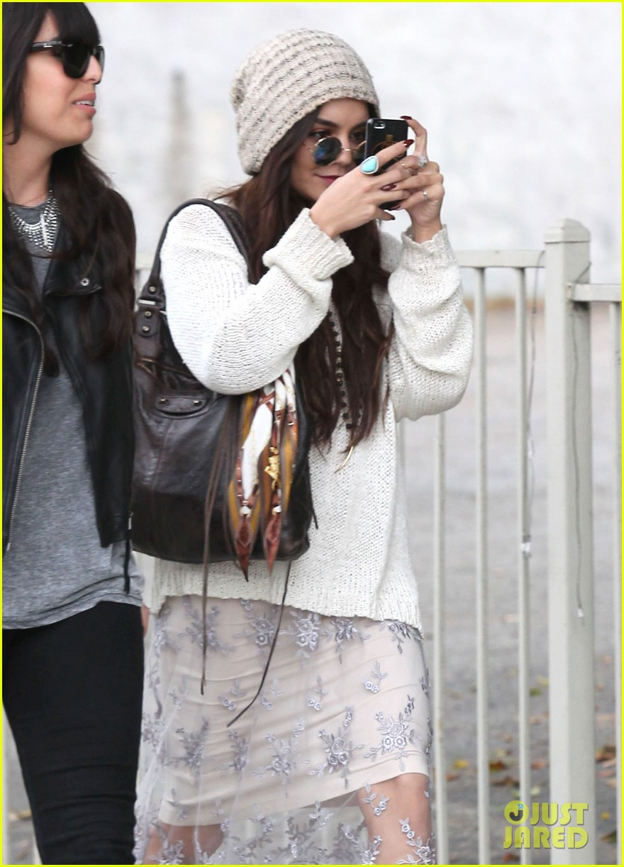 vanessa hudgens channels yoko ono in boho sunglasses 093044606