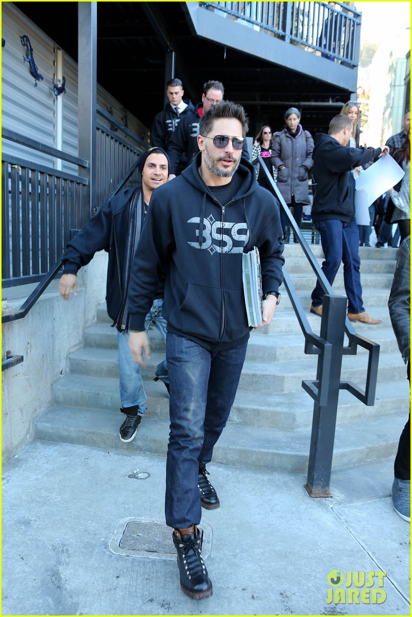 joe manganiello promotes la bare at sundance 073036298