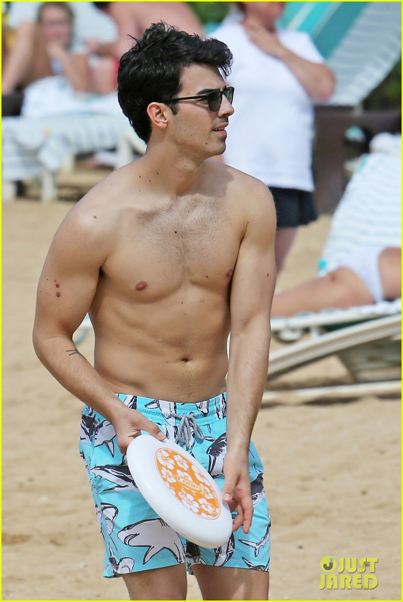 joe jonas shirtless beach frisbee player in hawaii 073023732