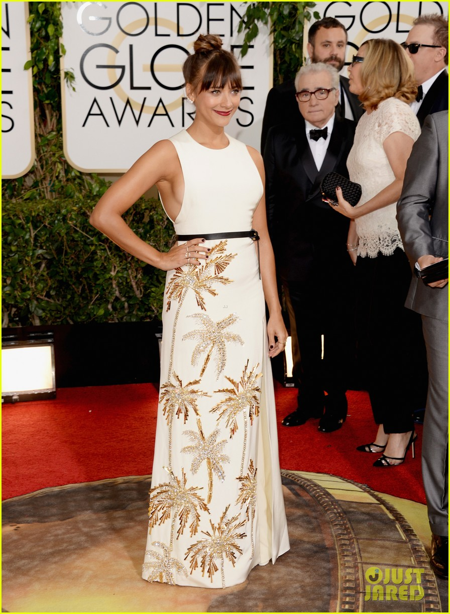 rashida jones golden globes 2014 red carpet 08