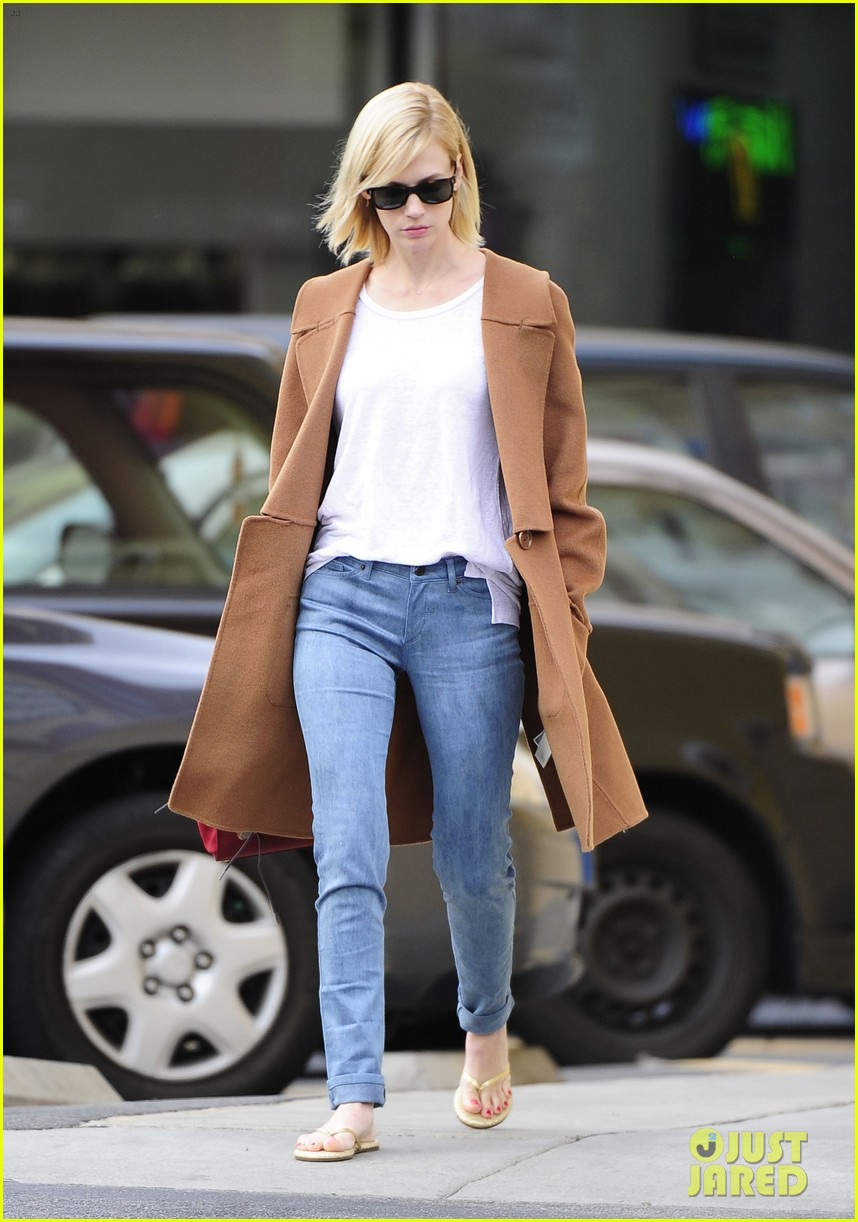 january jones nail to toe rescue stop 013026052
