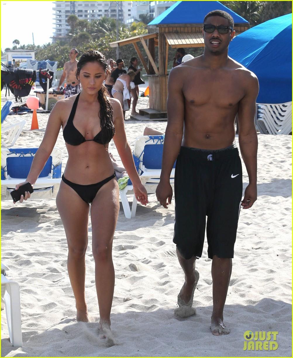 Michael B Jordan Shirtless Beach Stroll With Mystery Girl Photo