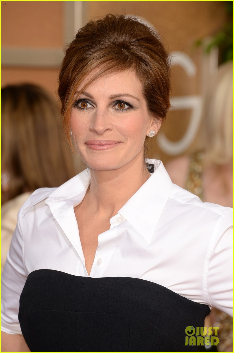 julia roberts golden globes 2014 red carpet 01