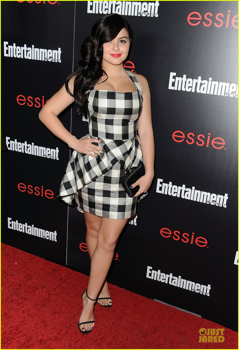 jesse tyler ferguson ariel winter ew sag nominees party 12