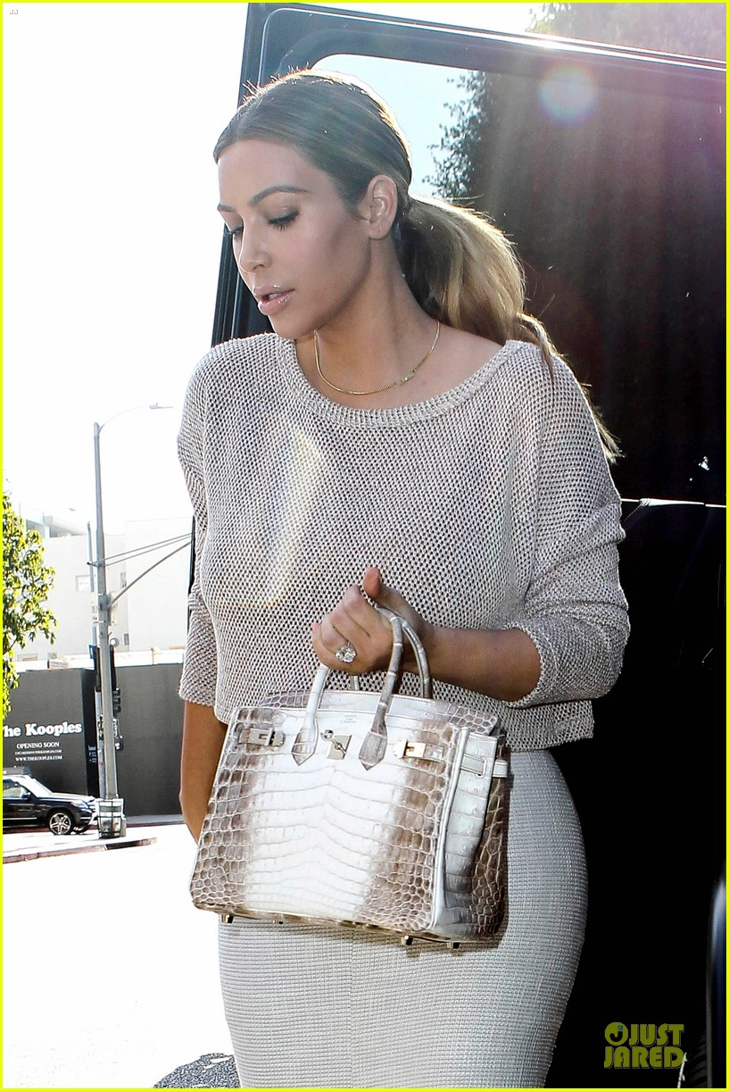 kim kardashian kanye west bright saturday outings 02