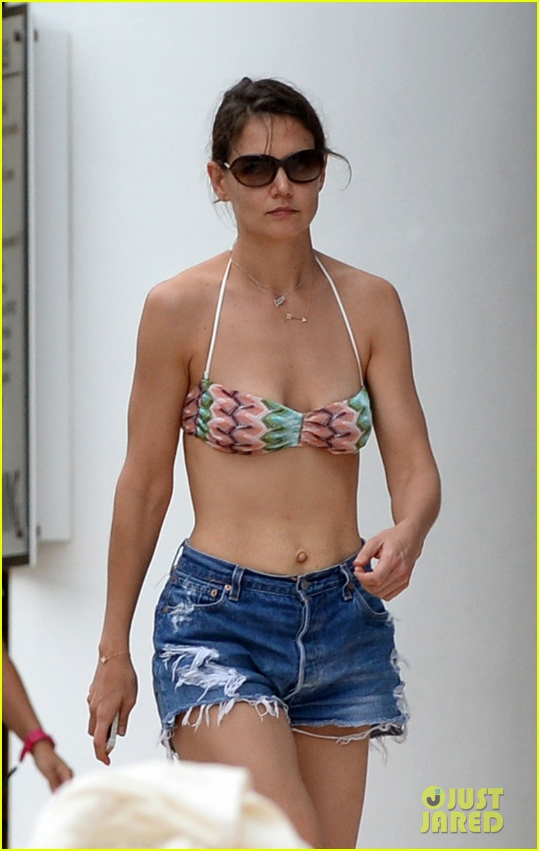 katie holmes continues pollside bikini vacation with suri 34