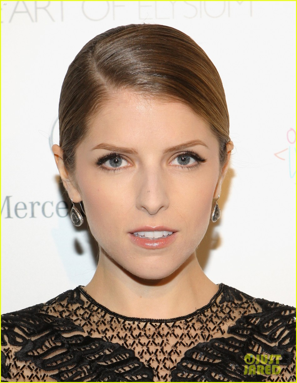 anna kendrick gillian jacobs art of elysium heaven gala 07