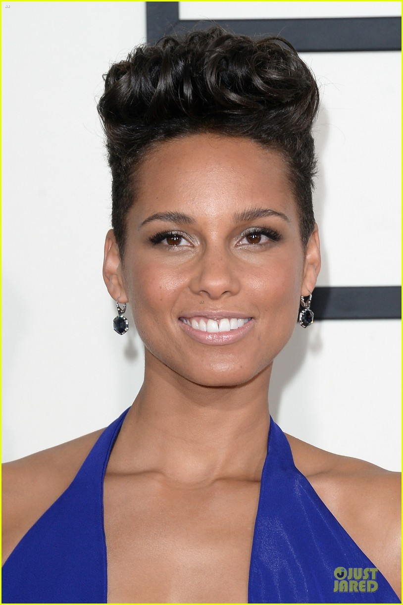 alicia keys swizz beatz grammys 2014 red carpet 063041108