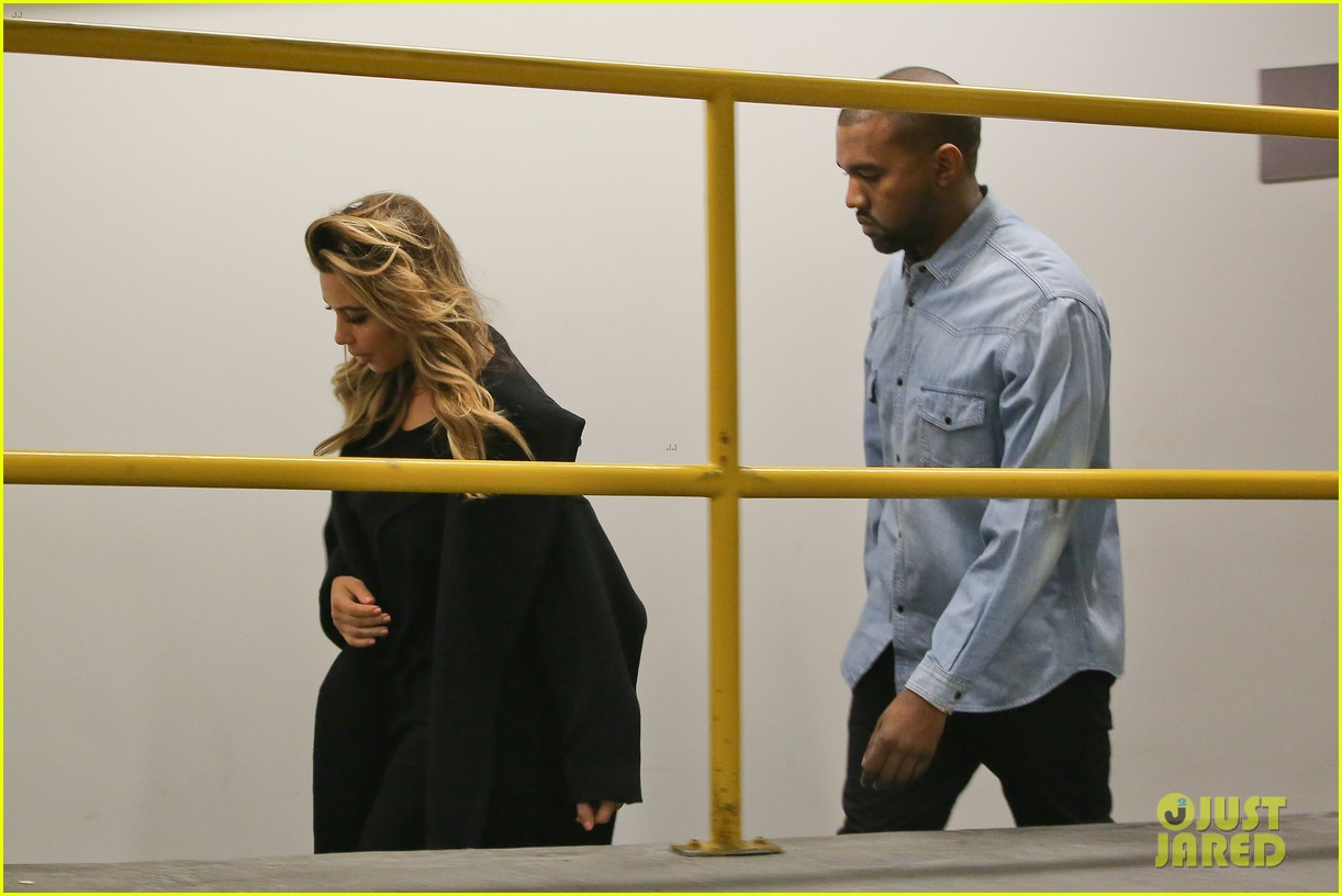 kim kardashian kanye west early morning doctor visit 16