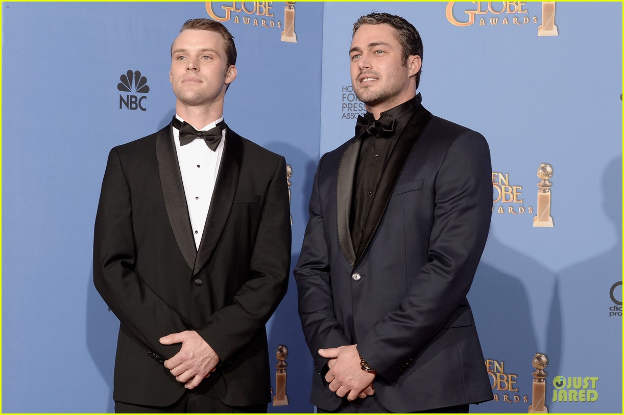 taylor kinney jesse spencer golden globes 2014 053029656