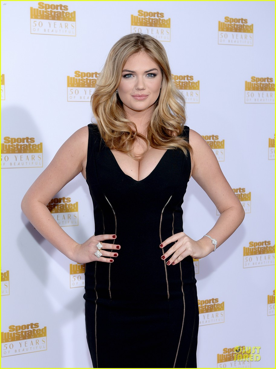 heidi klum kate upton si 50th anniversary swimsuit party 16